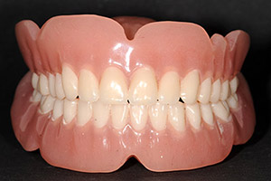 Image of a complete denture